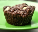 l. bakeshop chocolate chunk muffin